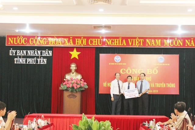 LienVietPostBank và tỉnh Phú Yên ký kết thỏa thuận hợp tác thúc đẩy thanh toán không dùng tiền mặt - 3