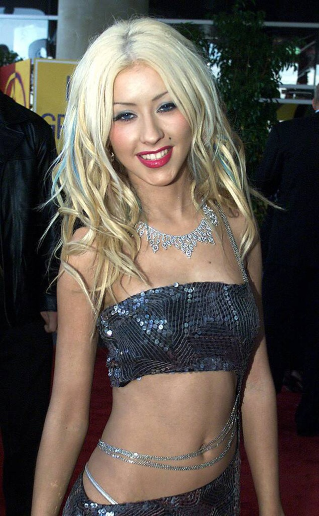 Christina Aguilera trẻ trung như thời con gái - 7