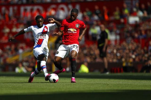 Man Utd 1-2 Crystal Palace: Địa chấn ở Old Trafford - 7