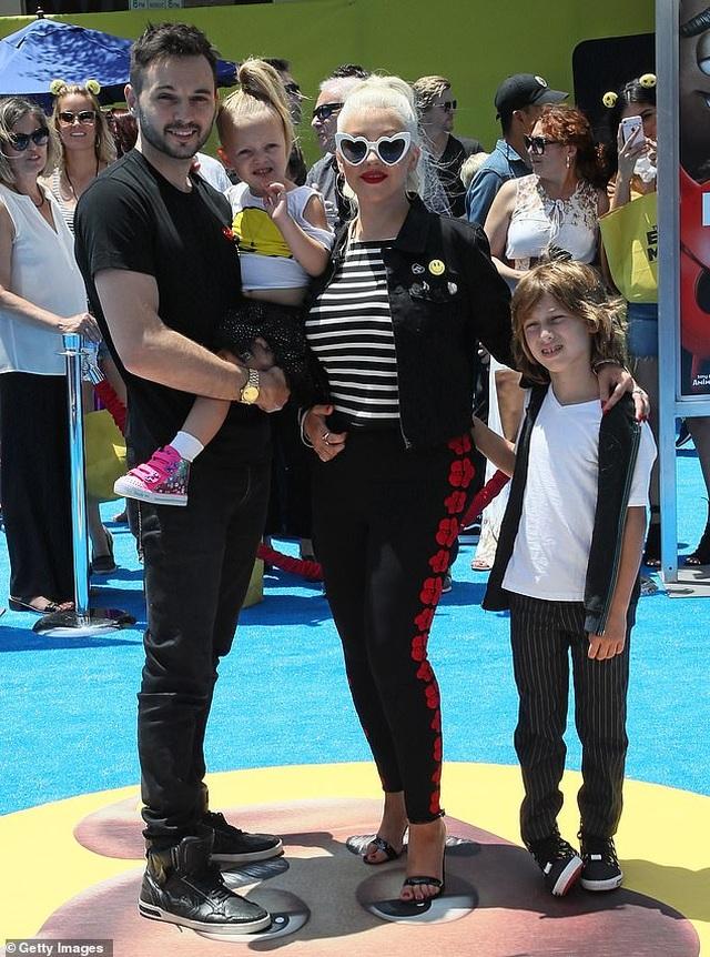 Christina Aguilera trẻ trung như thời con gái - 5