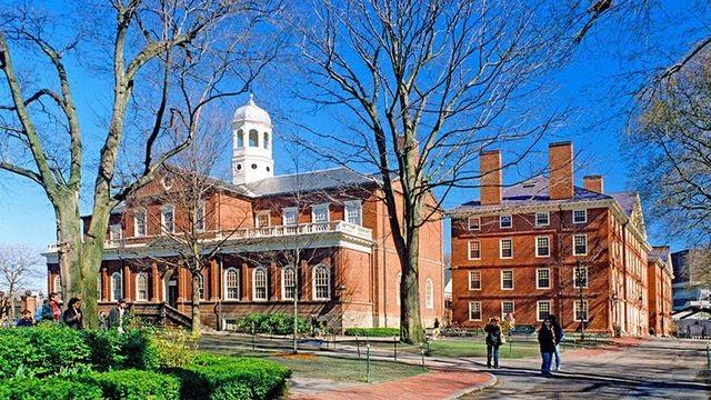 Lương cử nhân Đại học Harvard dẫn đầu khối trường Ivy League - 1