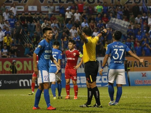 Than Quảng Ninh thua đau phút cuối trước Bình Dương - 1
