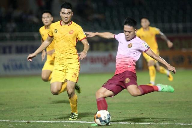 CLB Thanh Hoá bị Sài Gòn FC đẩy vào khu vực nguy hiểm - 1