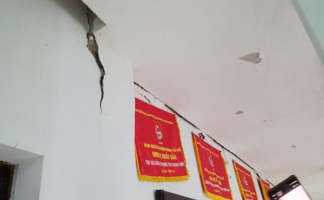 Trụ sở Thành Đoàn Huế bất ngờ nứt toác, nguy cơ đổ sập: Cam kết khắc phục! - 1