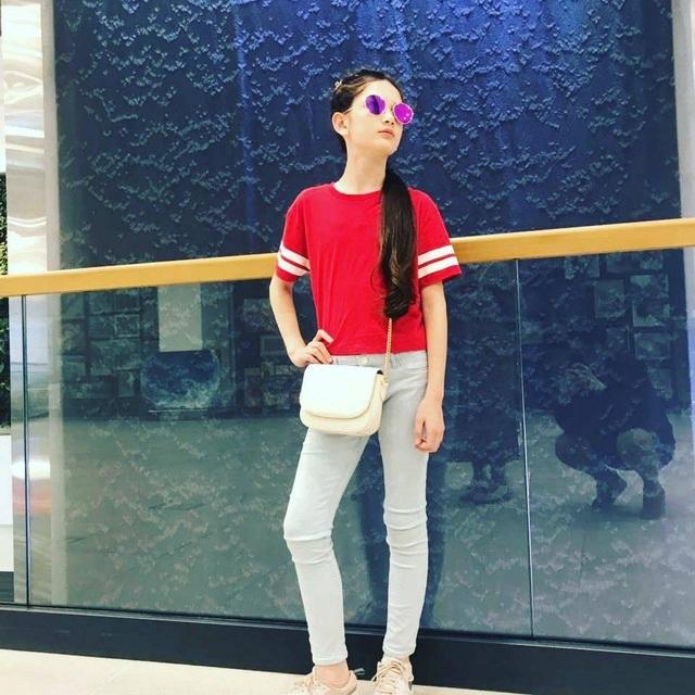 Em gái Lâm Tây sở hữu chiều cao 1m65 và thần thái cuốn hút ở tuổi 12 - 5