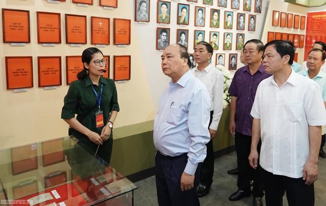 Thủ tướng thăm và làm việc tại Thái Nguyên, Bắc Kạn - 4