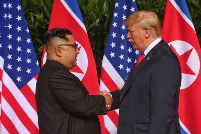Ông Trump nói quan hệ Mỹ - Triều vẫn tốt sau các vụ thử tên lửa - 1