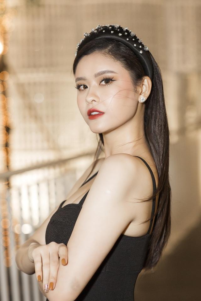 Giữa tin đồn Tim có bạn gái mới, Trương Quỳnh Anh ra sao? - 1
