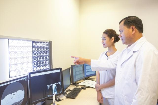 Sản phẩm bảo hiểm nhân thọ mới nhiều ưu việt, bảo vệ trước ung thư và đột quỵ - 1