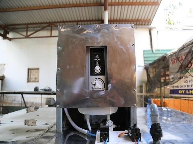 Bác nông dân Tây Nguyên chế tạo máy rửa chén công nghiệp - 2