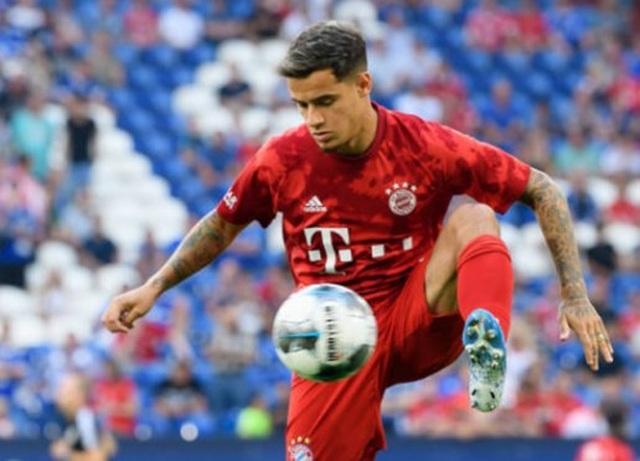 Lewandowski lập hattrick, Bayern Munich vùi dập Schalke - 5