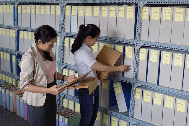 Hướng dẫn xếp lương các ngạch công chức chuyên ngành văn thư - 1