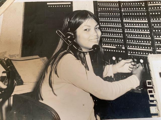 45 năm sau ngày gửi con đi Mỹ, nữ lao công trường học cạn sức tìm kiếm - 2