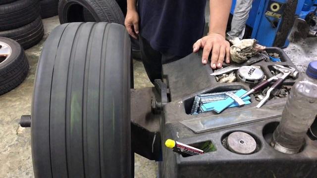 Có cần thiết cân bằng động bánh xe và cân chỉnh thước lái? - 2