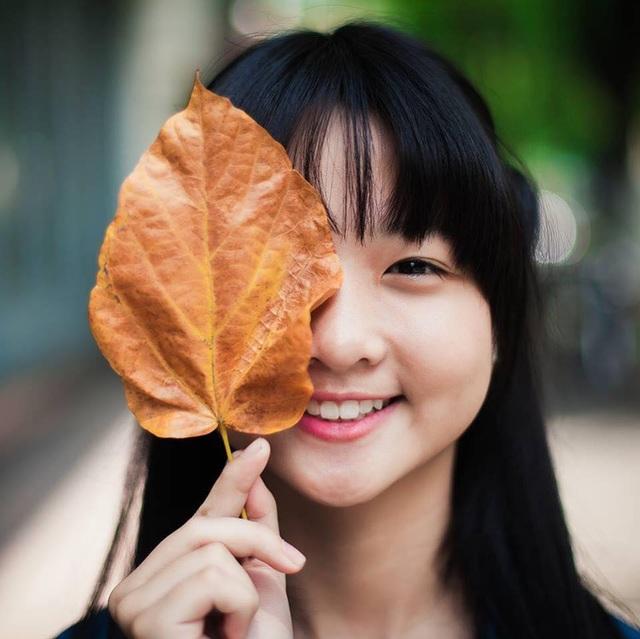 Chỉ 19 giây, thiếu nữ 14 tuổi từng đóng Hoa vàng cỏ xanh đốn tim ngàn fans - 6