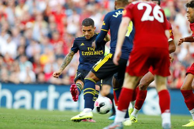 Những khoảnh khắc Liverpool hạ knock-out Arsenal ở Anfield - 18