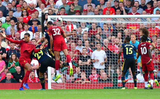 Những khoảnh khắc Liverpool hạ knock-out Arsenal ở Anfield - 11