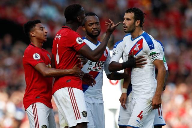 Những khoảnh khắc trong trận thua tệ hại của Man Utd trước Crystal Palace - 10