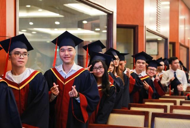 Gần 5% sinh viên một trường ĐH tốt nghiệp chỉ trong vòng 3 năm - 1