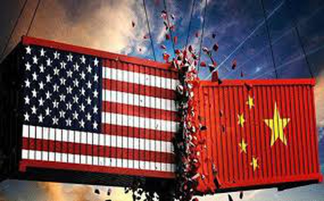"""Tổng thống Donald Trump sẽ chơi """"tất tay"""" với Trung Quốc vì không còn """"đường lui"""" - 1"""