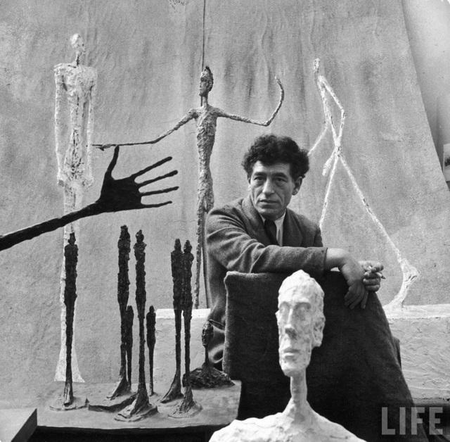 Bức tượng vô giá trị hóa ra là tác phẩm nghệ thuật có giá hơn 14 tỷ đồng - 4