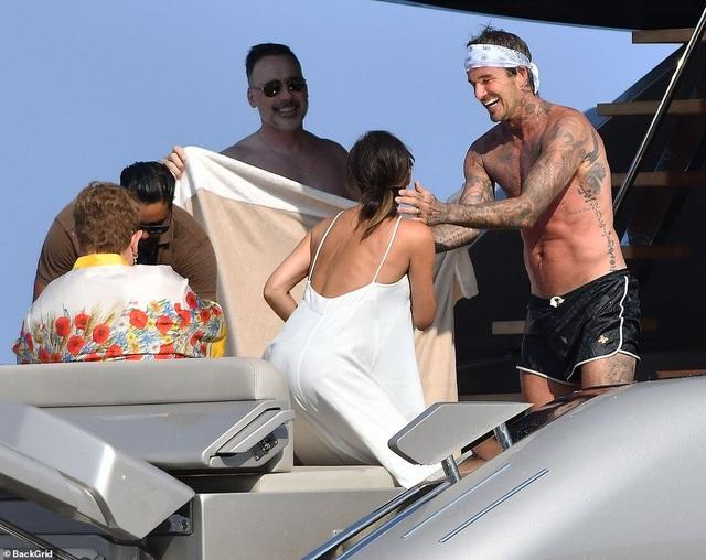 Ngưỡng mộ với hạnh phúc của gia đình David Beckham - 14