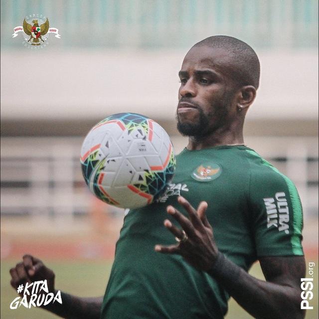 Cầu thủ nhập tịch rực sáng, Indonesia chiến thắng khởi động trước vòng loại World Cup