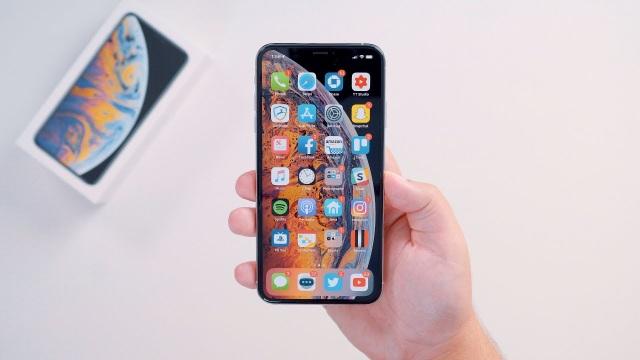 iPhone XS, XS Max dung lượng lớn biến mất khỏi kệ hàng tại Việt Nam - 2