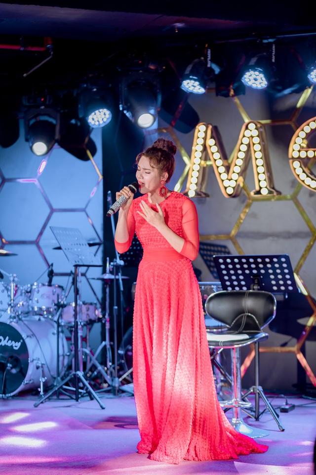 NSƯT Việt Hoàn bất ngờ tổ chức đêm nhạc giúp đỡ nghệ sĩ nghèo 84 tuổi - 2