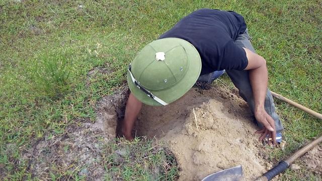 Theo chân thợ săn đào cát tìm hang, truy bắt thực phẩm tình yêu - 6