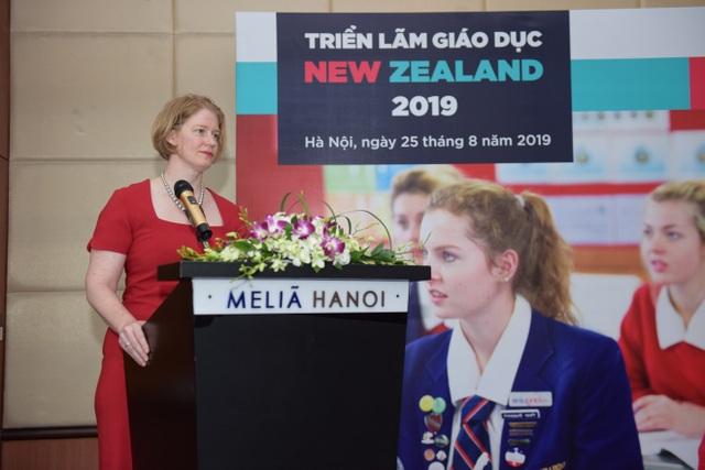 """Giáo viên New Zealand và phương pháp giảng dạy không cho học sinh… """"ăn sẵn"""" - 1"""