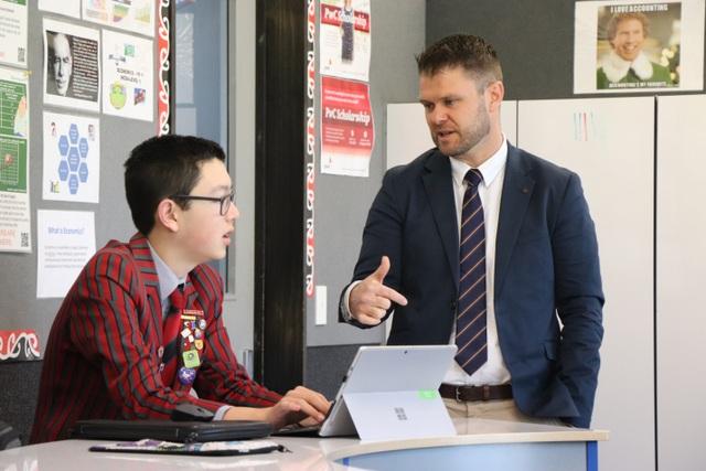 """Giáo viên New Zealand và phương pháp giảng dạy không cho học sinh… """"ăn sẵn"""" - 5"""