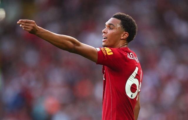 Đội hình tiêu biểu vòng 3 Premier League: Tuyệt vời Mohamed Salah - 1