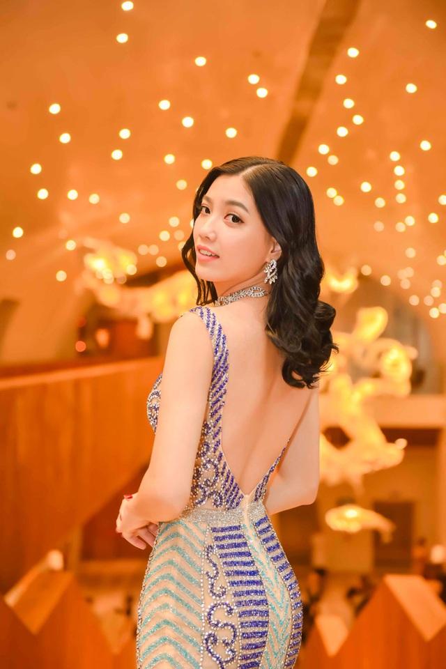 Thí sinh Hoa hậu Hoàn vũ Việt Nam từng sợ hãi chụp ảnh bikini sexy - 13