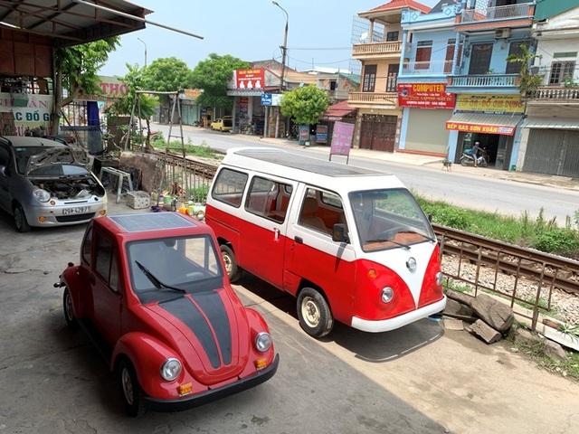 Nam sinh lớp 12 lắp ráp thành công ô tô chạy bằng năng lượng mặt trời chở được 12 người - 1