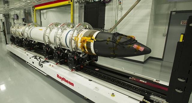 Mỹ đồng ý thương vụ tên lửa 3 tỷ USD với Nhật Bản  - 1