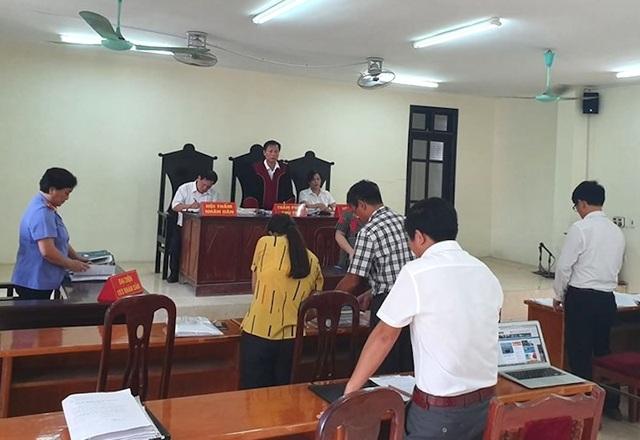 """Vụ thi hành án """"chấn động"""" TP Việt Trì: Triệu tập xong toà lại tuyên hoãn! - 1"""