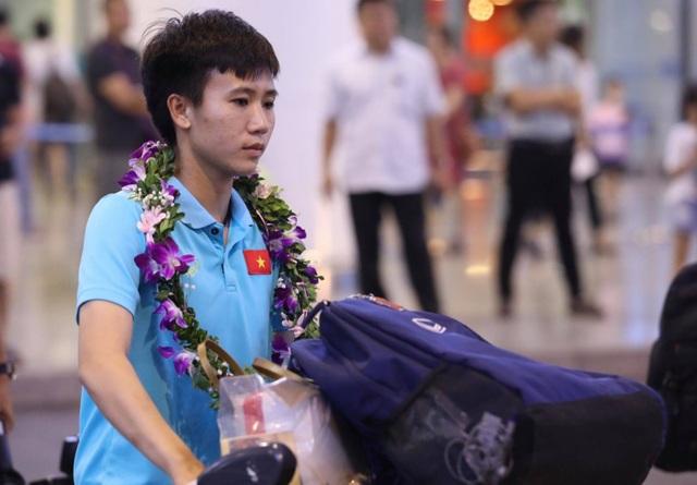 Đội tuyển nữ Việt Nam về nước, được thưởng hơn 2 tỷ đồng - 8