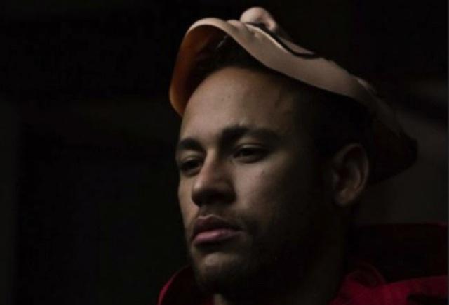 """Giữa """"bão"""" scandal, Neymar lại bất ngờ xuất hiện trên phim truyền hình - 1"""