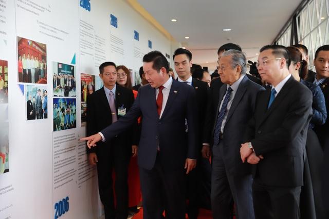 Thủ tướng Malaysia tới thăm khu công nghệ cao Hoà Lạc