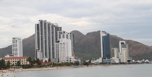Khánh Hòa sáng tác hàng loạt dự án đất ở ngoài Luật - 1
