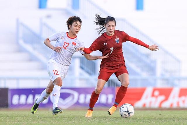 HLV Mai Đức Chung ca ngợi học trò sau chiến thắng trước tuyển nữ Thái Lan - 1