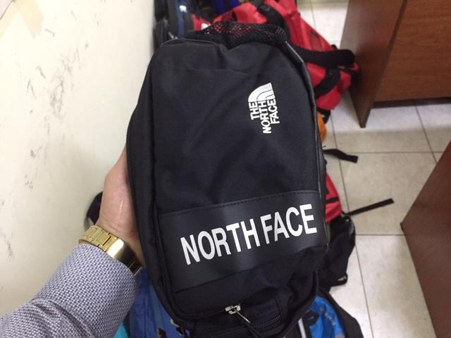 """Tạm giữ """"hàng loạt"""" sản phẩm nghi giả thương hiệu Lacoste, Uniqlo, The North Face - 4"""
