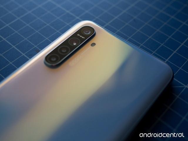 Smartphone đầu tiên trên thế giới sở hữu camera 64 megapixel chính thức được trình làng - 3