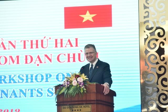 Đại sứ Mỹ khẳng định cam kết hỗ trợ Việt Nam khắc phục hậu quả sau chiến tranh - 1