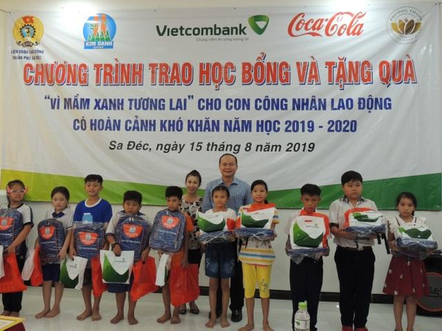 Vietcombank đồng hành cùng doanh nghiệp trong hoạt động vì cộng đồng - 1