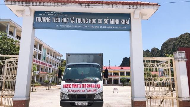 Honda Việt Nam chung tay trao gần 2 triệu mũ bảo hiểm, chào đón trẻ lớp 1 vào năm học mới - 2
