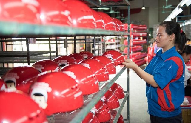 Honda Việt Nam chung tay trao gần 2 triệu mũ bảo hiểm, chào đón trẻ lớp 1 vào năm học mới - 3