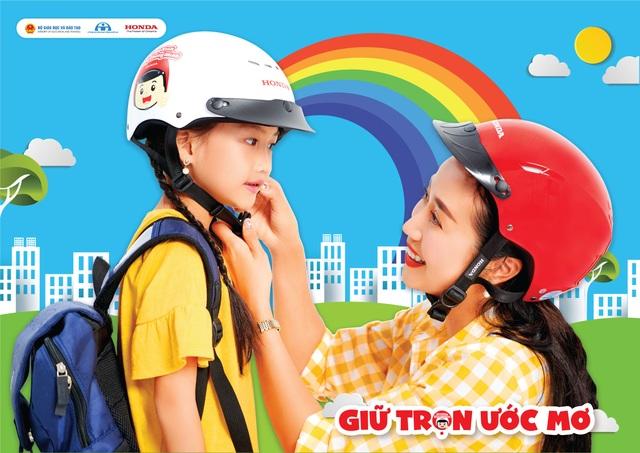 Honda Việt Nam chung tay trao gần 2 triệu mũ bảo hiểm, chào đón trẻ lớp 1 vào năm học mới - 4