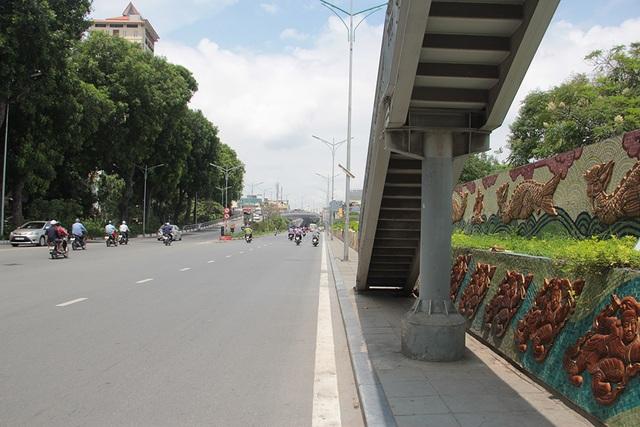 Đường tranh gốm sứ kỷ lục thế giới ở Hà Nội có thể được nối dài - 2